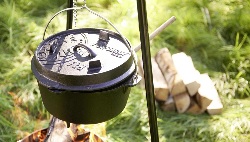 Dutch Oven & Fire Pots