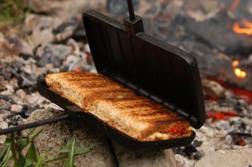 sandwichmaker doppelt aus gusseisen f r feuer grill und gasherd von rome industries grill. Black Bedroom Furniture Sets. Home Design Ideas